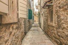 Budva Montenegro, Sierpień, - 22, 2017: Stary Grodzki Uliczny Budva, Montenegro Zdjęcie Stock