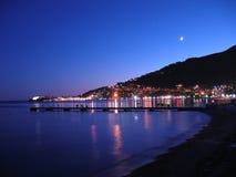 Budva por noche Imagen de archivo libre de regalías