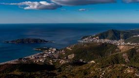 Budva-Stadt und die adriatische Küste, Montenegro Lizenzfreie Stockbilder