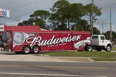 Budweiser-Leveringsvrachtwagen Royalty-vrije Stock Afbeelding