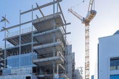 Budynek budowa z żurawiem w Auckland, Nowa Zelandia Zdjęcia Stock