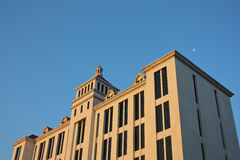 Budynek i blud niebo Obrazy Royalty Free