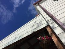 Budynek i niebo Fotografia Stock