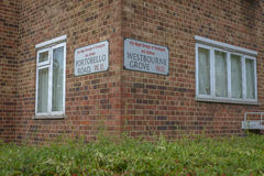 Budynek lokalizować na dwa ulicach w Notting wzgórzu Fotografia Royalty Free