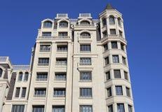 Budynek Mieszkaniowy W mieście Zdjęcie Stock