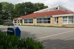 budynek szkoły podstawowej Zdjęcia Royalty Free
