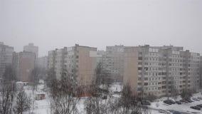Budynek wysokości spadki śnieżni wielka płatek śniegu miecielica zbiory wideo