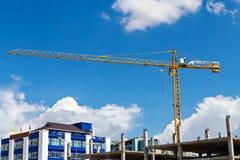 budynków budowy żurawi wysoki poniższy Obrazy Royalty Free