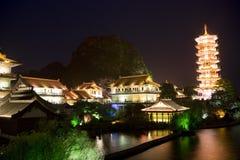 budynków porcelanowa Guilin jeziorna mulong pagoda Zdjęcia Royalty Free