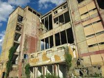 Budynki łamani i zaniechani przemysły w mieście Banja Luka - 6 Obrazy Royalty Free