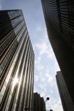 Budynki biurowi w środku miasta Manhattan Obraz Royalty Free