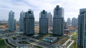 Budynki mieszkalni popierają kogoś tropić z paralaksą zbiory