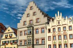 Budynki na Arnulfsplatz kwadracie w Starym miasteczku Regensburg, Niemcy zdjęcia royalty free