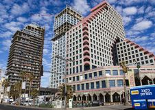 Budynki nowożytni hotele na Tel Aviv obraz stock