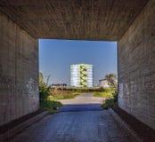Budynki przemysłu park w pięknym krajobrazie Fotografia Royalty Free