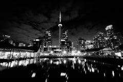 Budynki przy Harbourfront przy nocą w Toronto, Ontario Zdjęcia Royalty Free