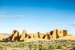 Budynki w Chaco kultury Krajowym Dziejowym parku, NM, usa Zdjęcia Stock