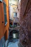 Budynki w Manarola miasteczku, Cinque Terre, Włochy obraz royalty free