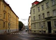 Budynki w ulicie Bratislava zdjęcie royalty free