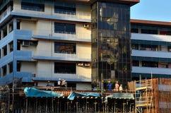 Budynku budowa, brygadier i pracownicy, Zdjęcie Royalty Free