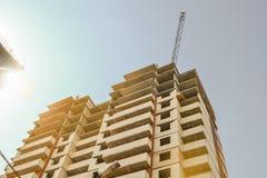 budynku budowy wielo- kondygnacja crane budowlanych Budowa nowożytny budynek mieszkalny Budynku biznes Obrazy Stock