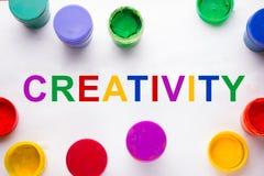 budynku pojęcia twórczości ręki lego izolować izoluje kolorowe znaka i farby puszki Obraz Royalty Free