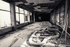 budynku zaniechany wnętrze czarny white Obrazy Stock
