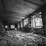 budynku zaniechany wnętrze Stary forsaken dom Zdjęcia Royalty Free