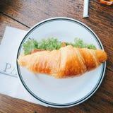 Buen cruasán de la comida Fotos de archivo libres de regalías