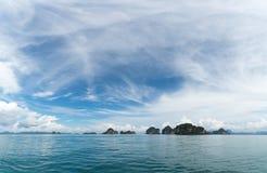 Buen tiempo en el mar de andaman, Krabi, Tailandia Imagen de archivo