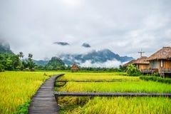 Buena mañana en Vang Vieng, Laos foto de archivo