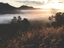 Buena salida del sol de la buena visión fotos de archivo
