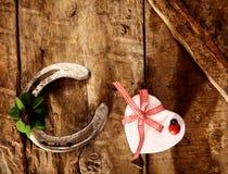 Buena suerte para el amor de la tarjeta del día de San Valentín Imagen de archivo libre de regalías