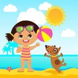 Buenas fiestas Muchacha que juega la bola con un perro Tema de las vacaciones del mar de los niños Fotografía de archivo libre de regalías
