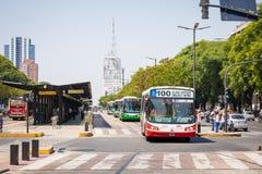 BUENOS AIRES, ARGENTINA - 30 DE JANEIRO DE 2018: Avenida do 9 de julho dentro Fotos de Stock