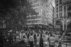 Buenos Aires, Argentinien, ein wirklich bevölkerter Bereich in der Mitte lizenzfreie stockbilder