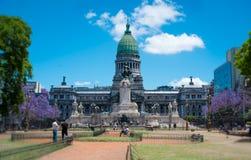Plaza et bâtiment du congrès à Buenos Aires Image libre de droits