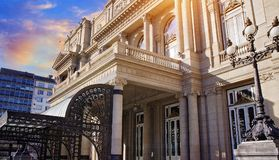 Buenos Aires, dois pontos famosos de Teatro do teatro dos dois pontos foto de stock