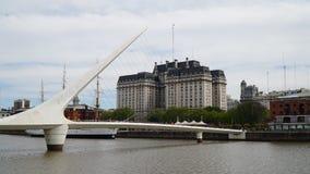 buenos Аргентины aires строя городской пейзаж фокусируют puerto madero стоковые фото