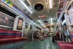 BUENOS AIRES, STYCZEŃ 30, 2016 - wnętrze wagon metru, kreskowy b Zdjęcie Stock