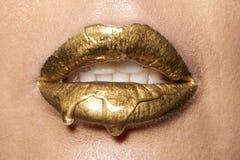 Buenos labios mojados con descenso Fotos de archivo libres de regalías