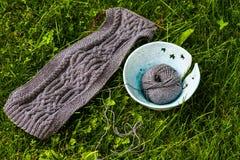 Bufanda de lana hecha a mano Imagenes de archivo
