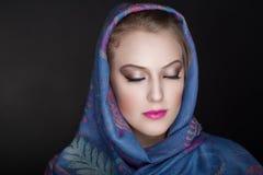 Bufanda del cristiano de la mujer Fotos de archivo