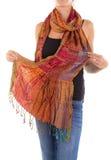 Bufanda femenina elegante con el modelo oriental Imágenes de archivo libres de regalías