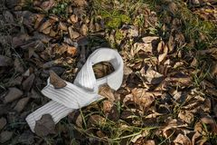Bufanda hecha punto blanco foto de archivo libre de regalías