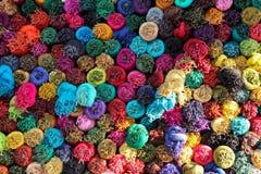 Bufandas coloreadas Imágenes de archivo libres de regalías