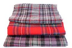 Bufandas multicoloras del tartán Imágenes de archivo libres de regalías