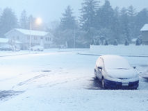 Bufera di neve di Snowy a penombra Immagine Stock