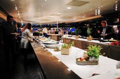 Bufet restauracja przy DFDS korony promem od Kopenhaga Oslo zdjęcia stock
