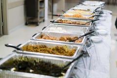 Bufet słuzyć przy świętowaniem Nigeryjski jedzenie obrazy royalty free